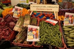 foto-iniziativa-angolo-del-mercato-014
